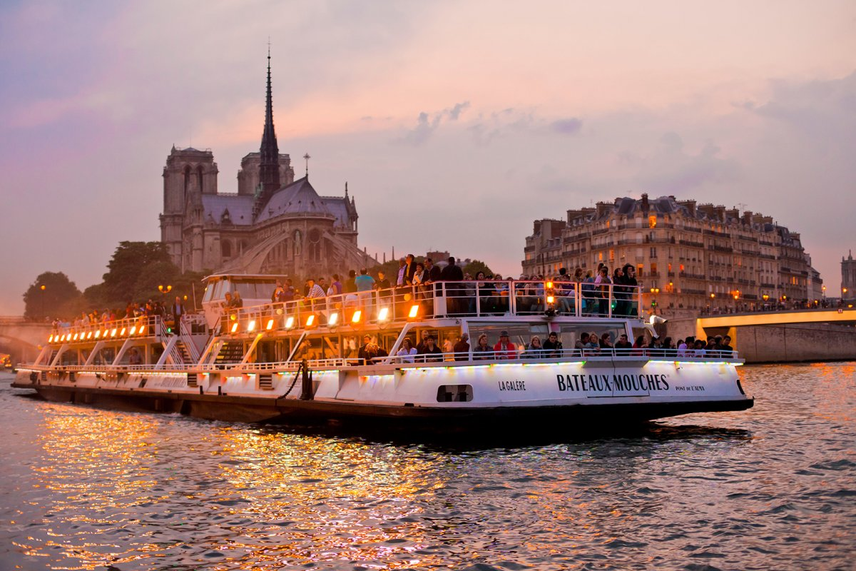 everything-about-seine-river-cruise