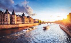 Eiffel Tower Skip the Ticket Line Summit Access & Sainte Chapelle & Conciergerie & River Cruise